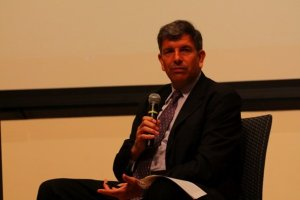 "Michael Badnerik at Drexel University for ""How Much Government is Necessary"" debate."